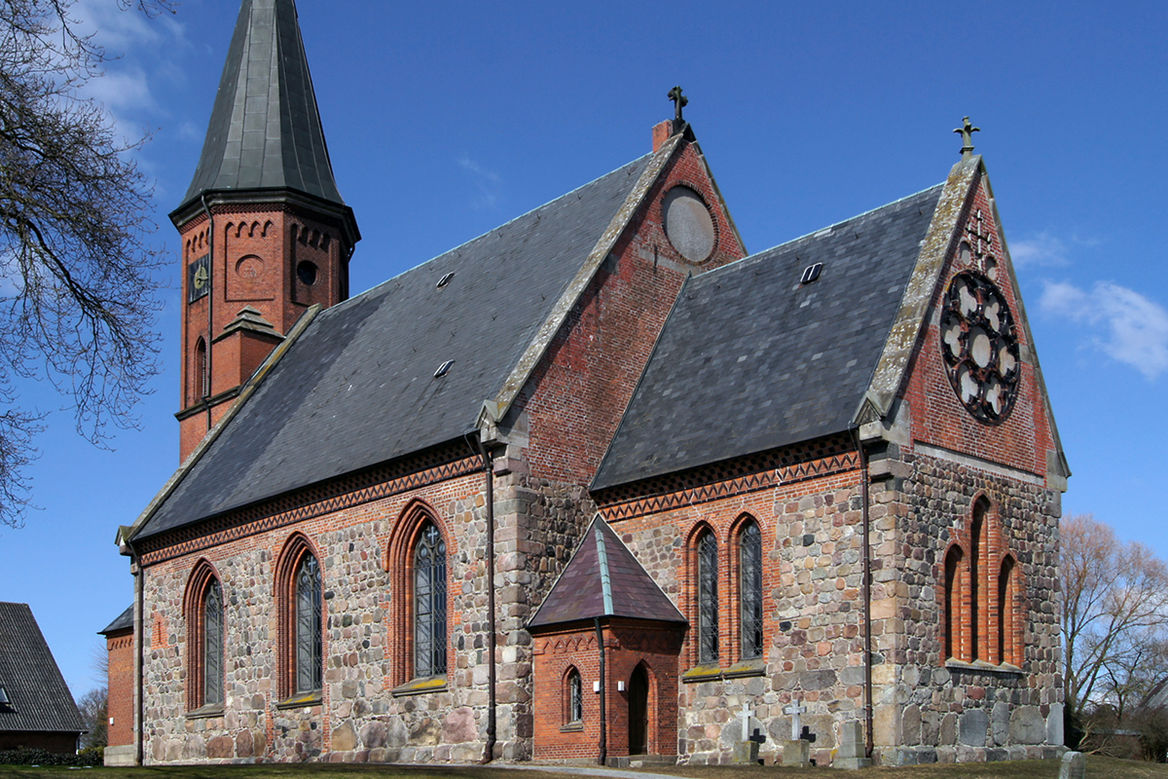Die Kirche in Breitenfelde.